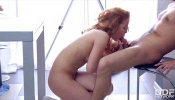 Der lange brünette Haare Pornostar Luscious Lopez